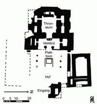 © Zeichnung S. Halama für den WiBiLex-Artikel Palast nach R. Bonfil / A. Zarzecki-Poleg, The Palace in the Upper City of Hazor as an Expression of a Syrian Architectural Paradigm (BASOR 348) 2007, 25-47, Fig. 4